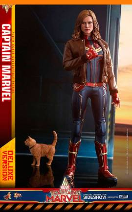 Figurine Captain Marvel Deluxe Ver. Hot Toys